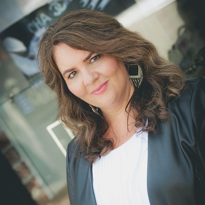 Angela-Shanerman-pic-2-7